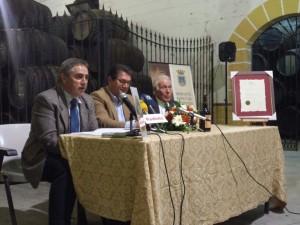 La Cooperativa Católico Agrícola presenta el Bacchus de Oro logrado por el Moscatel de Pasas Los Madroñales