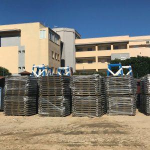 El Ayuntamiento de Chipiona recibe más de 1.500 metros lineales de pasarelas de madera para las playas.