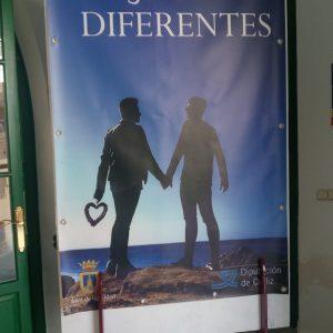 180613 campaña homofobia centro salud 1