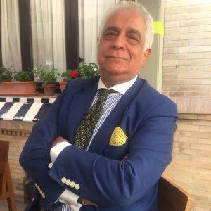 Miguel Caiceo pose