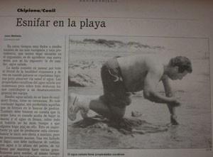 Esnifar en la playa.-*