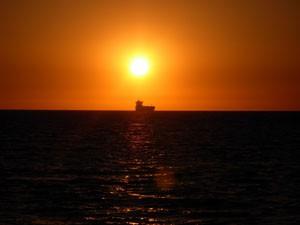 Entre 1740 y 1789 se pierden o naufragan en la zona de la Barra y Chipiona unos 118 barcos.  Destacan los 18  hundidos  en Salmedina, los 6 de la punta del Perro, 8 en las playas de Chipiona,  4 en Montijo.