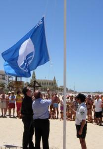 PP lamenta la pérdida de la Bandera Azul en la Playa de Regla   y pide responsabilidades municipales