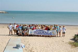 CANS valora la Jornada de Limpieza de playas en Chipiona.