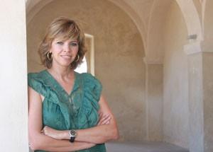 La periodista sevillana Marina Bernal anuncia un Pregón del Moscatel distinto a todos.-