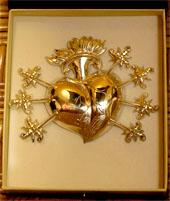 La  Virgen de los Dolores estrena corazón de plata(Chipiona)