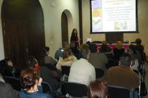 """Éxito de participación en el taller """"de la super mujer al trabajo compartido""""(Chipiona)"""