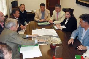 Entregan al Instituto Geológico y Minero el borrador del estudio de control de los acuíferos para la aprobación definitiva (Chipiona)