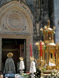Altar de la Virgen de los Dolores de Chipiona con motivo del Corpus