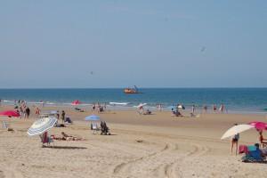 El balizamiento de las playas de Sanlúcar y Chipiona garantiza un año más la máxima seguridad de los bañistas