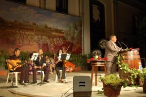El pregón de Francisco Lorenzo abre el Festival del Moscatel