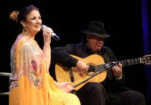 Ana Del Río, homenajeó durante tres horas a Rafael de León, Maestro Solano y Manolo Garrido.