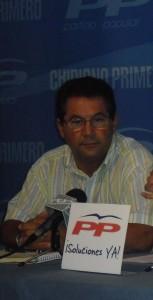 Antonio Peña defiende la necesidad de construir un tanatorio en Chipiona