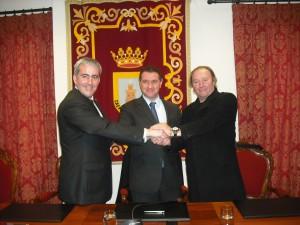 Firmado el contrato de equipamiento para el museo provisional de Rocío Jurado