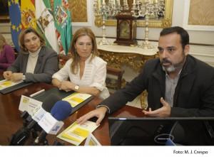 Diputación edita diez mil guías para combatir la disfonía espasmódica