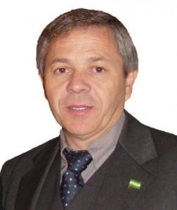 El alcalde del P.S.O.E.  Manuel García se  olvida de la flor cortada , según Rey