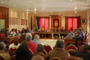 El ayuntamiento conmemoró el Día de Andalucía con la celebración de una pleno extraordinario