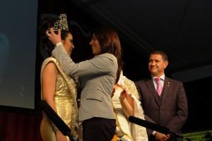 Chipiona vive sus días grandes de carnaval con el pregón de Jesús Bienvenido y la coronación de la perla