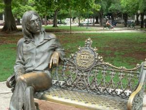 El parque  de John Lennon es visita obligada para cualquier viajero en La Habana