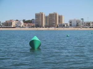 La Mancomunidad finaliza el balizamiento de las playas de Sanlúcar y Chipiona para garantizar  la  seguridad de los bañistas