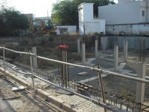 Ayer se reanudaron las obras de las viviendas del matadero