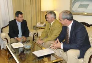 El presidente de Diputación de Cádiz anuncia la próxima convocatoria del Consejo Económico y Social