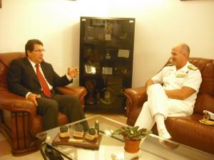 El Alcalde de Chipiona se reúne con el Almirante Jefe de la Base Naval de Rota