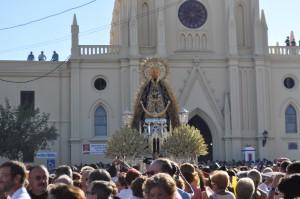La salida de la Virgen y los fuegos artificiales ponen fin a la velada