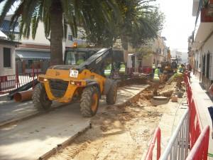 Aqualia realiza obras de mejoras hidráulicas en diversas calles de la localidad