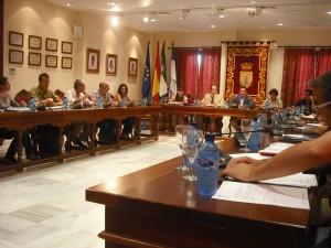 El PSOE y el PP de Chipiona votan afirmativamente que la superficie de la vivienda en Costa Ballena Chipiona pase de 70 m 2 a 40 m2.