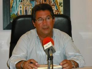 El alcalde de Chipiona informa de fuerte subida en el recibo del agua y culpa a la Junta