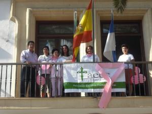 La asociación contra el cáncer y la delegación de participación ciudadana, celebran el día del cáncer de mama