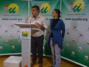 """IU presenta los primeros puestos de la lista con la que Cadiz pretende """"acabar con el bipartidismo"""" en el Congreso"""
