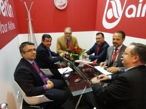 Diputación ha mantenido más de 40 encuentros profesionales en Fitur
