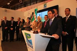 Loaiza destaca la buena salud del turismo extranjero y confía en el Bicentenario para atraer más turistas nacionales