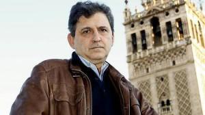 Francisco Gallardo entrevistado por Felix Machuca en ABC : «En la construcción de la Giralda hubo mangazo presupuestario»