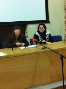 La delegada de Fiestas cumple su compromiso de pagar a las subvenciones a las damas de los años 2010 y 2011