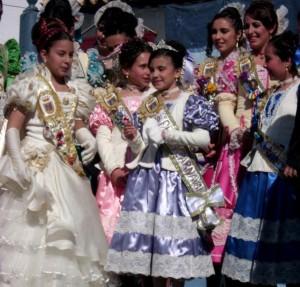 Cristóbal Santos y Marcos Oliva abrieron el carnaval de la Plaza Vieja y Lucia Vidal Reyes fue elegida Perla Infantil