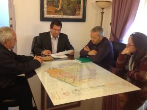 Caminantes por el Mundo y Ayuntamiento promoverán que Chipiona sea Ciudad Solidaria de la UNESCO