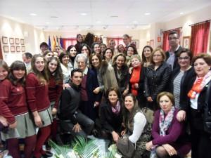 La religiosa Madre Sofía recibe el homenaje del Día de la Mujer por una entrega docente y humana de cuatro décadas