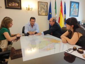 El Ayuntamiento de Chipiona apoya la permanencia del judicial de Sanlúcar