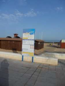 Las Playas de Chipiona estrenan nueva cartelería informativa