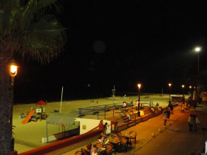 Sustituidas las farolas solares de los paseos Costa de la Luz y Las Canteras