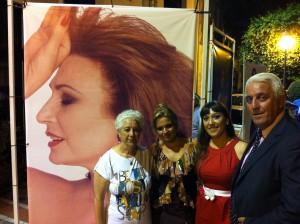 Maite Adrián cautiva al público con su homenaje musical a Rocío Jurado