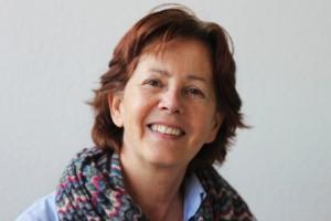MARINA BERNAL PRESENTA HOY LUNES EL INGLES DE SERÓN SEGUNDA NOVELA DE CARMEN DE LA ROSA