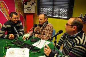 El Pleno se adhiere unánimemente al manifiesto en defensa de las emisoras municipales y ciudadanas de Andalucía y sus profesionales