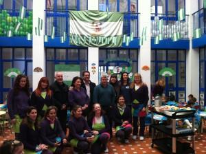 Escolares de todos los centros celebran el 28 de febrero con el tradicional desayuno andaluz