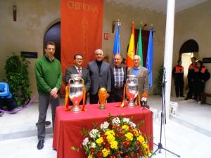 7000 personas visitaron la exposición de los trofeos de la selección española de fútbol en Chipiona
