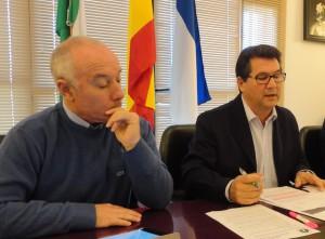 Satisfacción en el Ayuntamiento de Chipiona por la bajada de la fiscalidad de la flor cortada