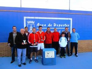 Jesús Hernández se impone en la primera liga local de tenis